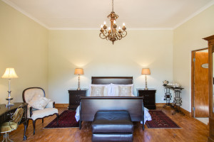 TWEE WATERS GUESTFARM & HONEYMOON SUITE
